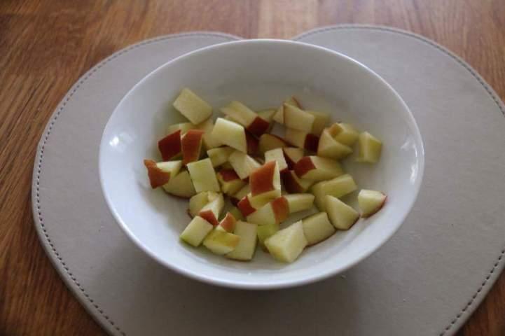Small apple chunks